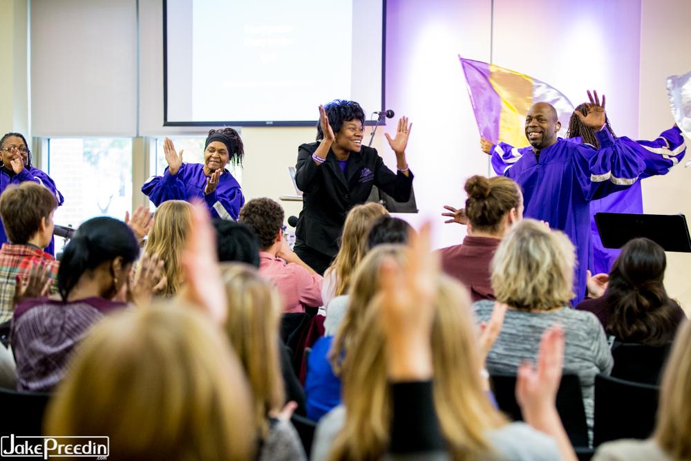Accessible Worship Symposium - Praetorium Choir leading worship